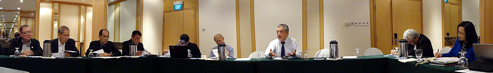 Dr. Saguiguit of SEARCA presiding over the UC Special Meeting on 23 August 2014.