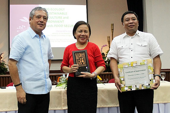senator-villar-underscores-need-for-agro-ecology-4