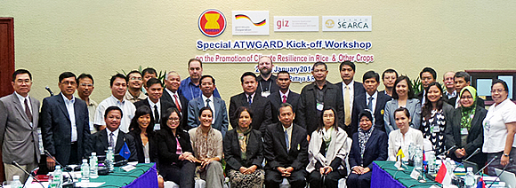 The workshop participants: ATWGARD focal points, SEARCA regional and national teams, representatives from Thailand Ministry of Agriculture and Cooperatives, GIZ Indonesia, CCROM, Climate Sense, and IRRI.