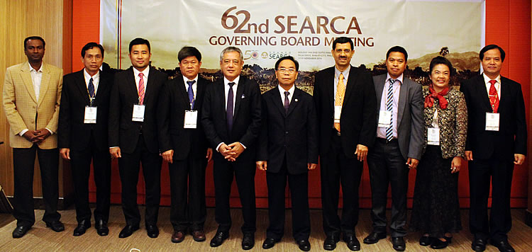 Participants of the 62nd SEARCA Governing Board Meeting held on 17-18 November 2014 in Makati City, Philippines. From left: Prof. Dr. –Ing. Ir. Renuganth Varatharajoo of Malaysia; Dr. Bounheuang Ninchaleune of Lao PDR; Mr. Saiful Rizal bin Haji Marali of Brunei Darussalam; Dr. Ngo Bunthan of Cambodia; Dr. Gil C. Saguiguit, Jr. of SEARCA; Dr. Witaya Jeradechakul of SEAMES; Prof. Prakash Kumar of Singapore; Dr. Acacio Cardoso Amaral of Timor-Leste; Dr. Kanyanat Sirithunya of Thailand; and Dr. Tran Van Dien of Vietnam.