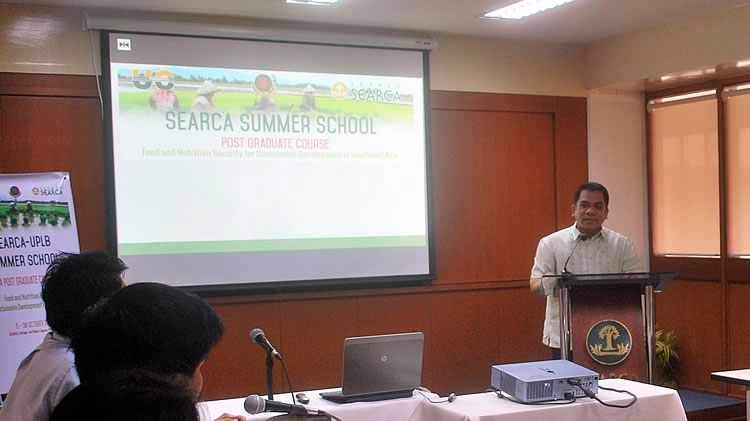 Dr. Jose V. Camacho, Jr., UPLB Graduate School Dean and UC Coordinator speaks before the participants of the Summer School maiden offering in October 2014.