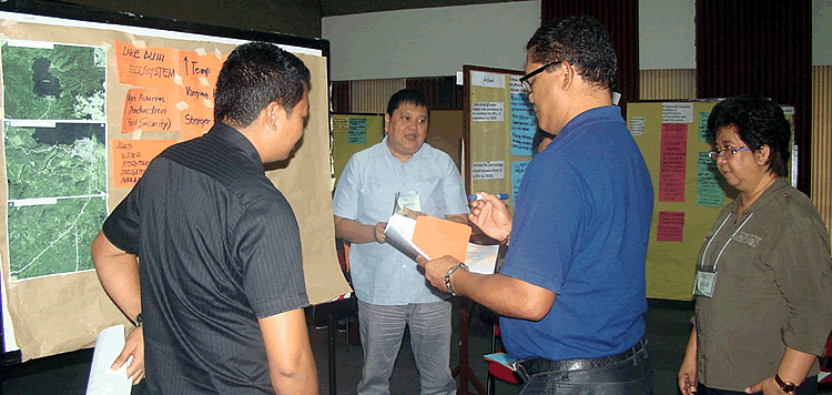 20-philippine-aggie-and-fish-reps-learn-climate-proofing-method-2