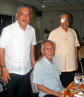 Three SEARCA Directors witness the Summer School Closing Ceremonies. (From L-R) Incumbent Director Dr. Gil C. Saguiguit, Jr., and past Directors Dr. Arturo A. Gomez and Dr. Percy E. Sajise