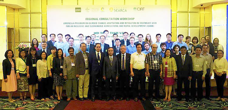 Guests and participants of the Regional Consultation Workshop towards an [i]Umbrella Program on Climate Change Adaptation and Mitigation in Southeast Asia for an Inclusive and Sustainable Agricultural and Rural Development.[/i]