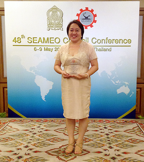 searca s msu head receives 2014 2015 seameo service award