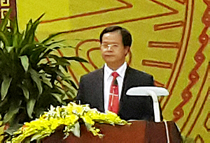 Dr. Tran Van Dien, TUAF Rector, welcomes the conference participants to his university.