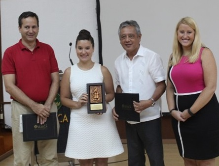 Dr. Gil C. Saguiguit, Jr., SEARCA Director (second from right), presents SEARCA's token of appreciation to IBM and certificates of appreciation to (L-R) Mr. Pedro Gutierrez Da Cos of Spain and Ms. Melissa Greco and Ms. Adrian Mitchell of USA