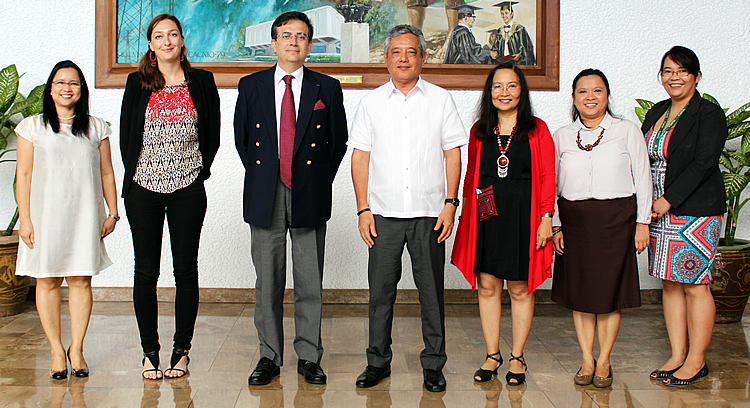 Ambassador Thierry Mathou (third from left) of France visited SEARCA on 25 January 2016 along with Ms. Anais Voron (second from left), Scientific and Development Attaché at the French Embassy in the Philippines. They were received by Dr. Gil C. Saguiguit, Jr. (center), SEARCA Director; Dr. Maria Celeste H. Cadiz (third from right), Program Head for Knowledge Management; Dr. Maria Cristeta N. Cuaresma (second from right), Program Head for Graduate Education and Institutional Development; Dr. Bessie M. Burgos (leftmost), Program Head for Research and Development; and Ms. Avril DG. Madrid (rightmost), Program Specialist, Knowledge Resources.