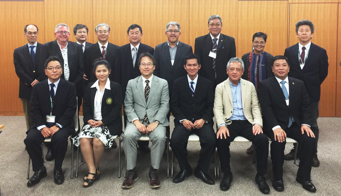 Dr. Gil C. Saguiguit, Jr., SEARCA Director, (front-second from right), joins the heads of member universities and colleges of the AAACU in the 21st AAACU Biennial Conference and General Assembly held in Setagaya, Tokyo, Japan on 13-14 October 2016.