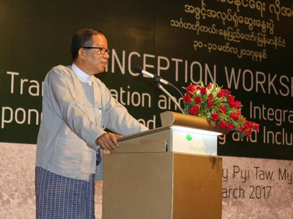 U Tin Htut Oo, CESD Chairman of the Board and SEARCA's 5th recipient of the D.L. Umali Achievement Award in Agricultural Development delivering his inaugural address during the workshop