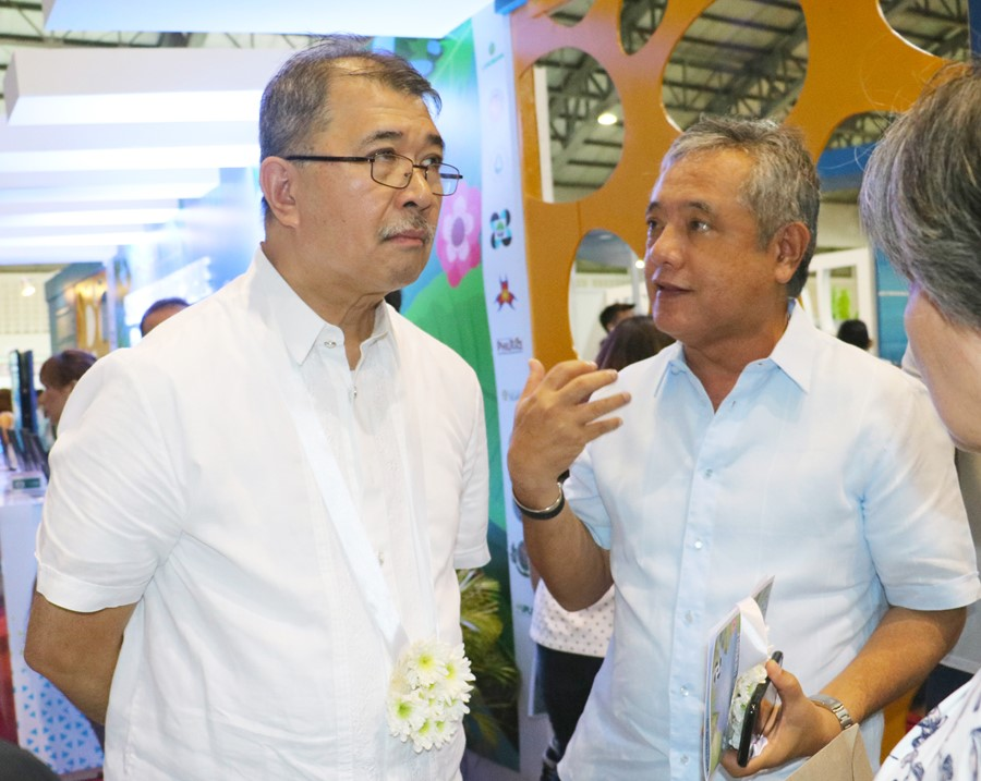 SEARCA offers to tie-up with DOST on climate change scholarships