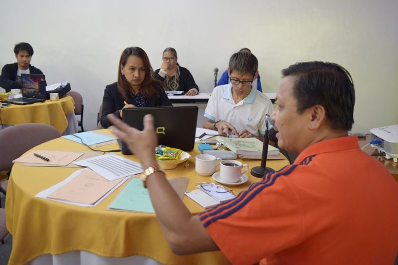 Dr. Lope B. Santos III, SEARCA Program Specialist and Officer-in-Charge, Project Development and Technical Services, led the business meeting with the LGUs.
