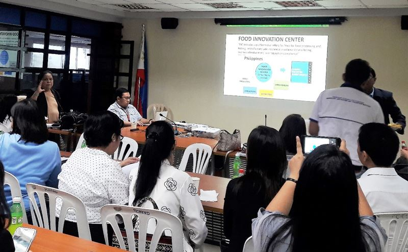 SEARCA Professorial Chair Grantee lectures on the functions of the academe in developing regional FIC