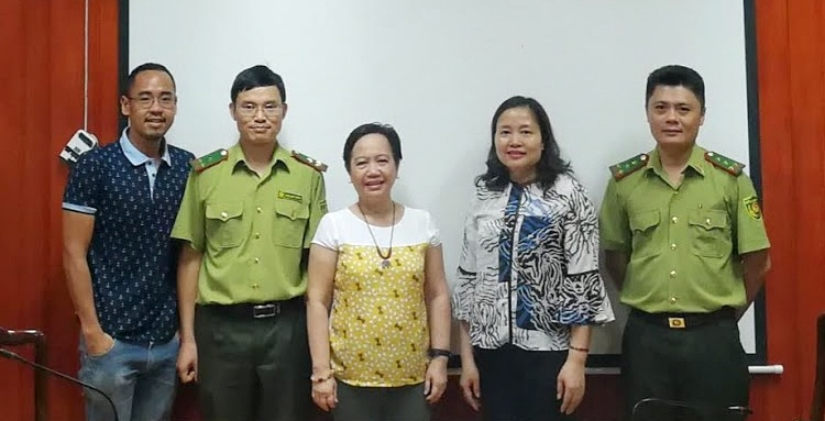 The ASRF Regional Program Coordinator, Ms. Amy Lecciones (center), and Project Assistant, Mr. Xyrus Godfrey Capiña (leftmost), with staff from Forest Protection Department of VNFOREST.