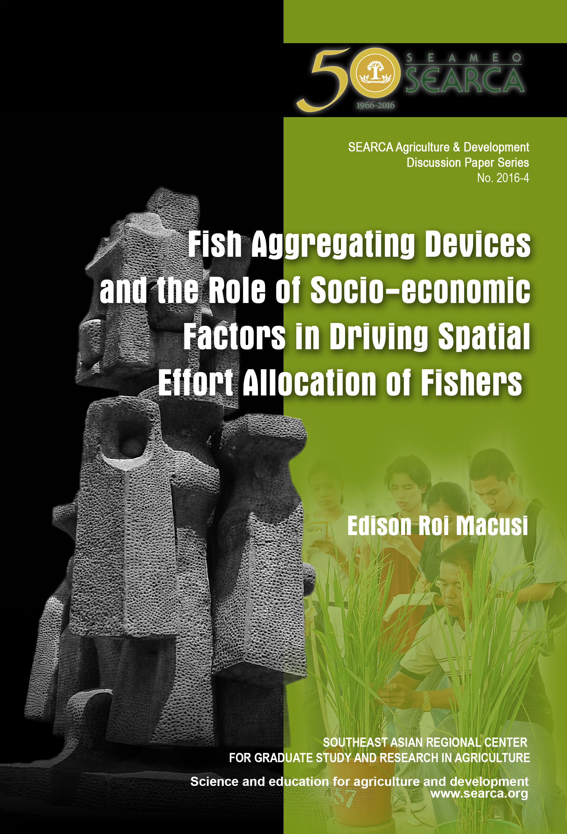 Fish Aggregating Devices and the Role of Socio-economic Factors in Driving Spatial Effort Allocation of Fishers