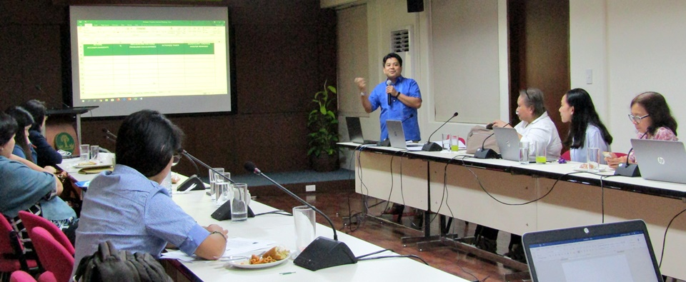 Dr. Pedcris M. Orencio, Program Head for Research and Development, discussing the reporting and monitoring tool for the Calamansi project
