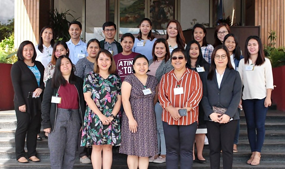 The second batch of participants of the IKM Mentorship Program with mentors (first row, left to right) Ms. Rikki Lee Mendiola, Asst. Prof. Pamela Joyce Eleazar, and Asst. Prof. Elaine Llarena; DA-BAR Head of Applied Communication Division, Ms. Julia Lapitan; and SEARCA PDTS Program Specialist and Officer-in-Charge, Ms. Nancy Landicho, during the 2nd Face-to-Face Session at the SEARCA Headquarters.
