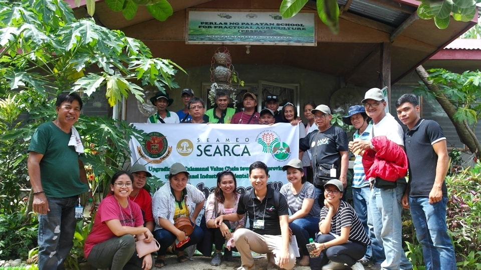 Participants of the Lakbay-Aral from SEARCA, UPLB and Oriental Mindoro.
