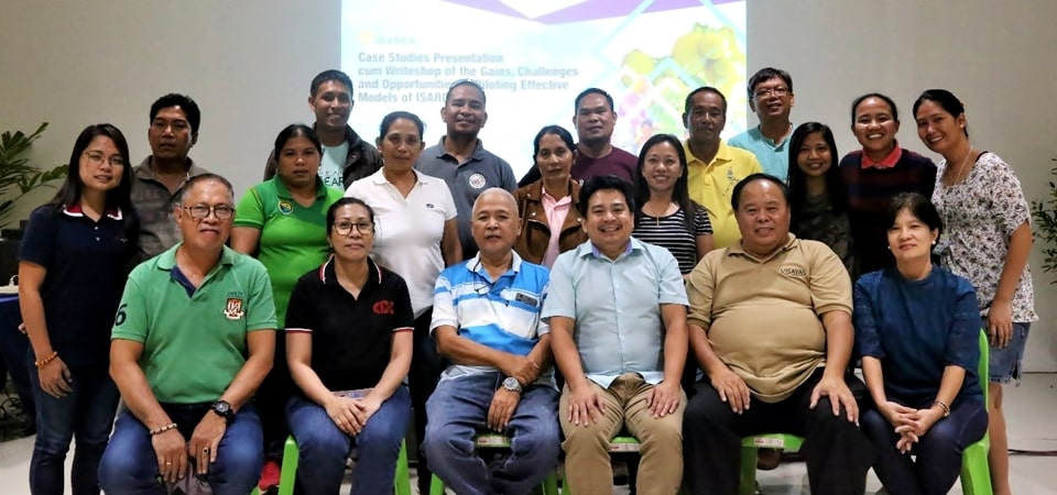 Workshop participants who attended the case studies presentation cum writeshop of the ISARD project.