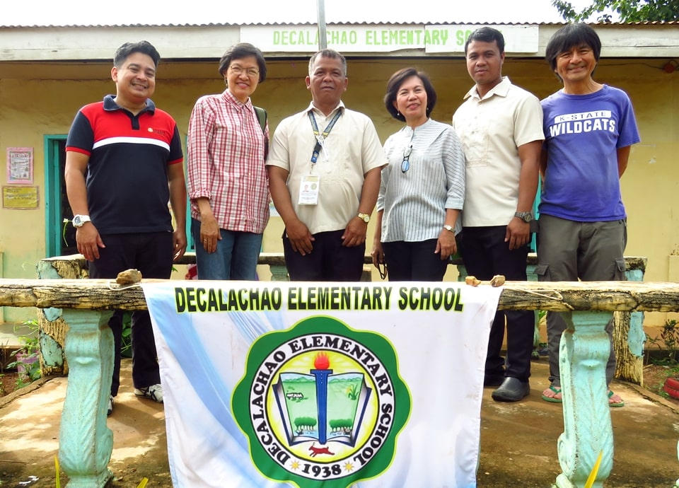 SEARCA's School-Plus-Home Gardens Project Team together with Dr. Manny Reyes (left), Researcher Professor from Kansan State University, visited the Decalachao Elementary School in Coron, Palawan