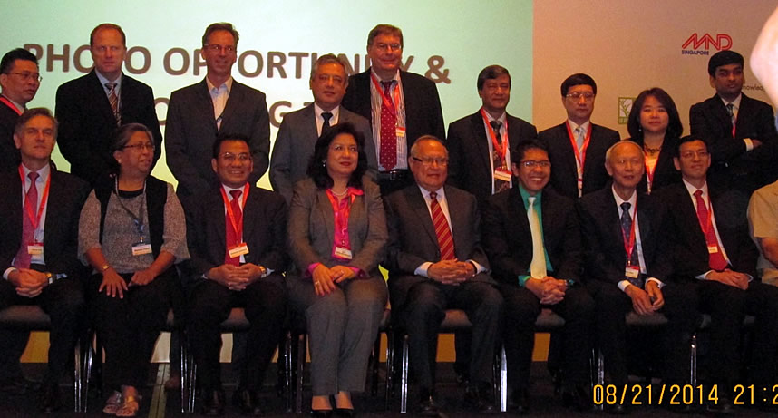 SEARCA Director Dr. Gil C. Saguiguit, Jr. together with the organizers, co-sponsors, and knowledge-partners of ICAFS 2014