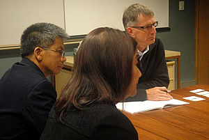 Prof. John Gibson (rightmost), UNE Director for the Centre for Genetic Analysis and Applications and Coordinator for International Development, discusses possible avenues for collaboration with the PCC officials. Also in photo are Dr. Arnel del Barrio, PCC Executive Director, and Dr. Liza Battad, PCC Chief of Planning and Special Projects.