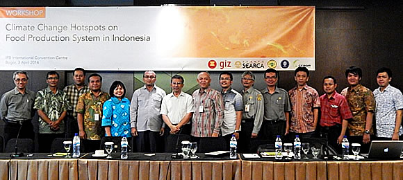The participants of the Indonesia 1st National Consultative Meeting held at the IPB International Convention Center (IPBICC) in Bogor, Indonesia on 3 April 2014