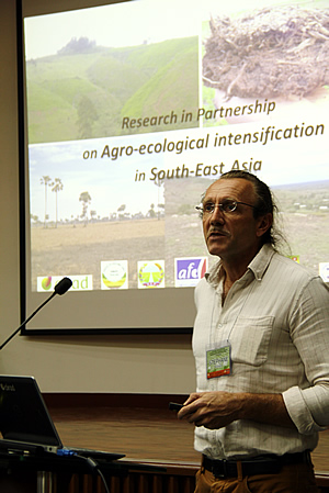 Mr. Stéphane Boulakia, agronomist at CIRAD, presents on conservation agriculture initiatives in Cambodia