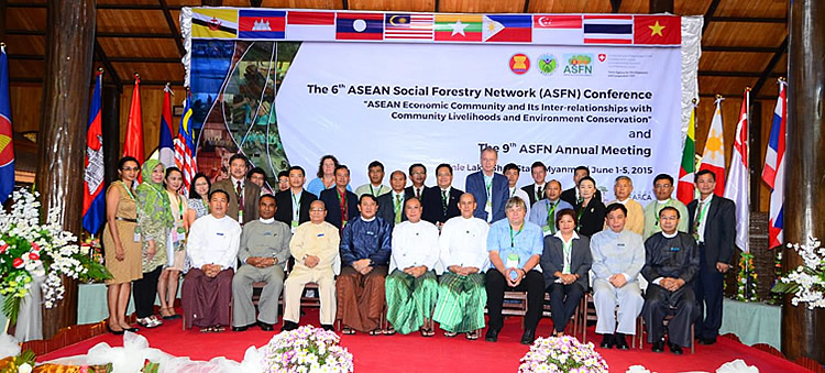 Representatives of the 6th ASFN Conference Organizing Team including SEARCA together with H.E. U Win Tun, Union Minister of Myanmar's Ministry of Environmental Conservation and Forestry and H.E. U Sao Aung Myat, Chief Minister of Shan State, Myanmar.