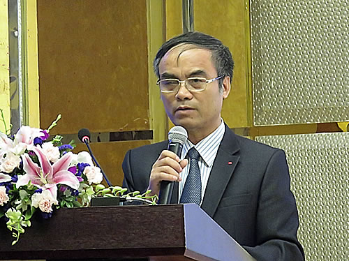 Prof. Dr. Nguyen Van Tuat, Vice President, Vietnam Academy of Agricultural Sciences (VAAS), Ministry of Agriculture and Rural Development (MARD), Vietnam, welcoming the participants.