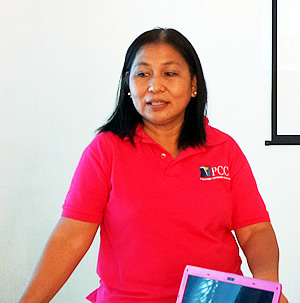 Dr. Grace Recta, PCC Director at MMSU, during the KM Audit on 26 October 2015 in Laoag, Ilocos, Norte.