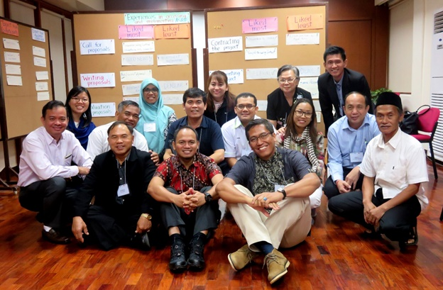 The participants pose for a group photo with Facilitator, Dr. Daylinda B. Cabanilla, at the end of the workshop.