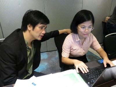 Vietnam group: Dr. Tran Cong Thang and Ms. Le Thi Ha Lien