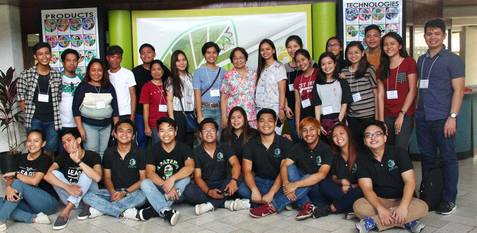 The participants of the 3rd Agri-biotech Boot Camp together with National Scientist Dr. Dolores Ramirez (back row, ninth from left) and members of UP LABS and UP GRAINS (front row, seated)