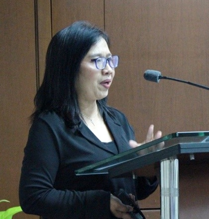 Ms. Salvacion M. Ritual, Chief of the DA-BAR Program Monitoring and Evaluation Division, discussed about the Community-based Participatory Action Research (CPAR).