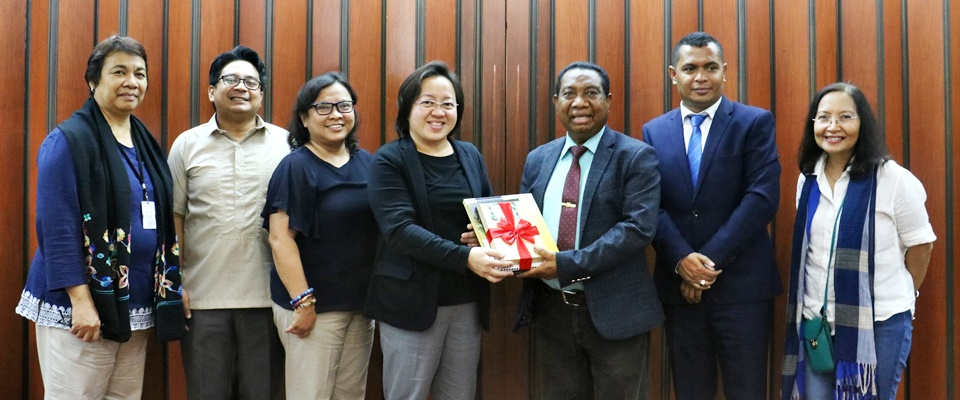 National University of Timor-Leste Rector visits SEARCA