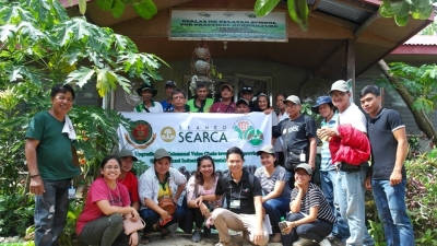 Project stakeholders join the 'Lakbay-aral' to calamansi farms and processing facilities in Northern and Central Luzon