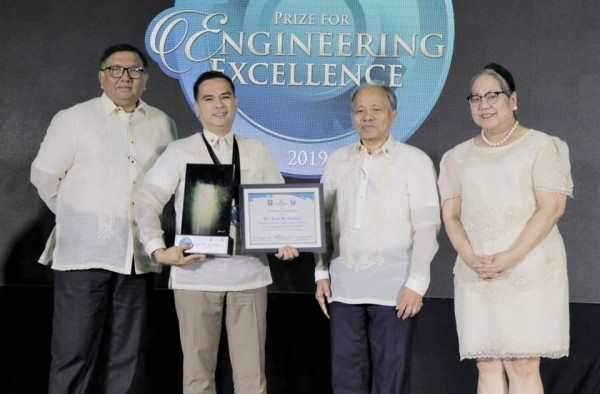 SEARCA Alumnus awarded the Manila Water Foundation (MWF) Prize for Engineering Excellence