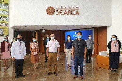 CBSUA explores cooperation on faculty development with SEARCA, UPLB