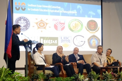 UC holds 1st Faculty Forum at SEARCA